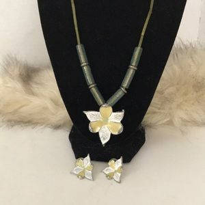Adorable shabby chic necklace & pierced earrings
